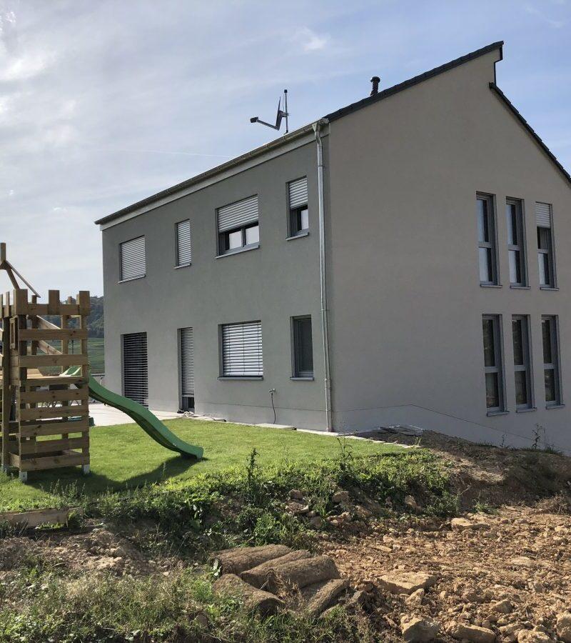 Einfamilienhaus mit großem Garten bietet Wohnkomfort auf drei Ebenen