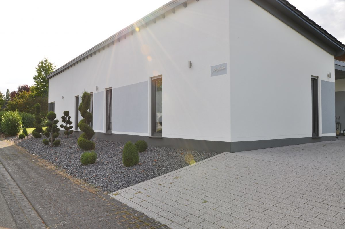 Zweifamilienhaus im Bungalowstil